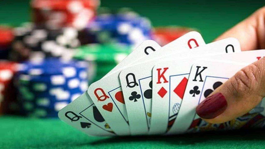 Tìm hiểu về trò chơi Poker tại Fun88 casino online 3