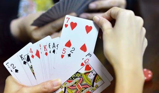 Những kinh nghiệm hữu hiệu không thể bỏ qua khi đánh bài ăn tiền thật 1