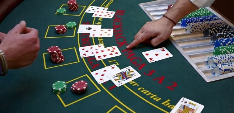 Những chia sẻ giúp bạn chơi blackjack hiệu quả hơn 2