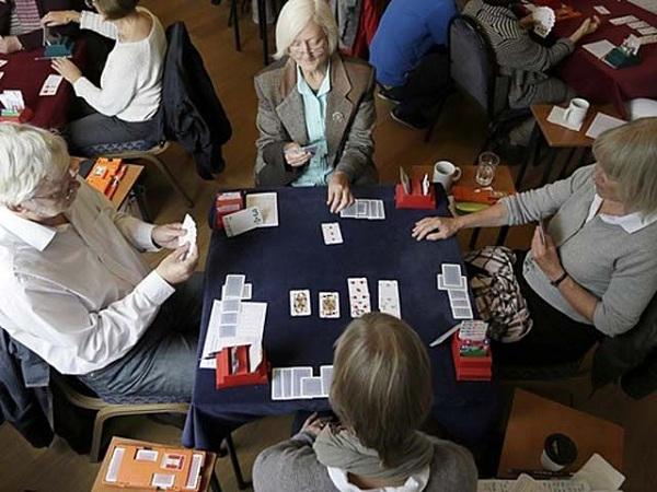 Khám phá cách chơi bài Bridge cực hấp dẫn cho người chơi 3