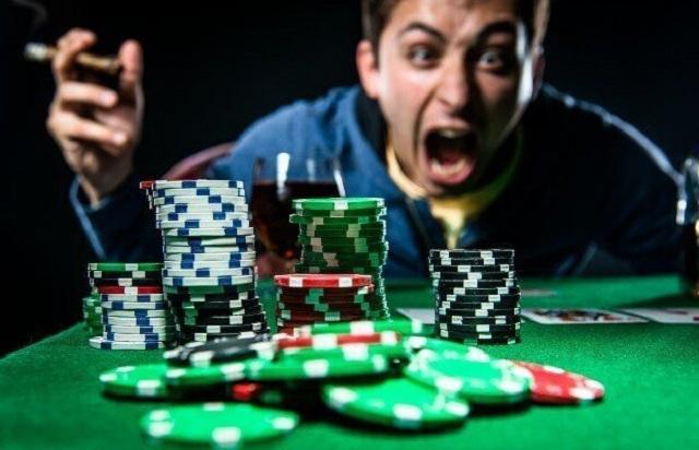 Tilt là gì trong Poker? Kinh nghiệm ngăn chặn Tilt hiệu quả nhất